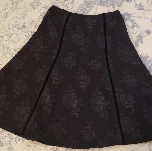 East 5th Dresses & Skirts - East 5th Skirt